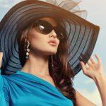 piekna kobieta w kapeluszu i okularach słonecznycz z długimi kolczykami1 150x150 - Dlaczego warto kupić kolczyki z szafirem