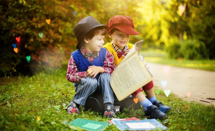 read 4208554 1280 820x500 - Nauka angielskiego dla dzieci – z jakich rozwiązań warto skorzystać?