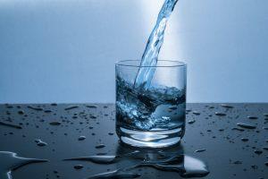 clean clear cold drink 416528 300x200 - Wody smakowe – co musisz o niech wiedzieć? Sprawdzamy!