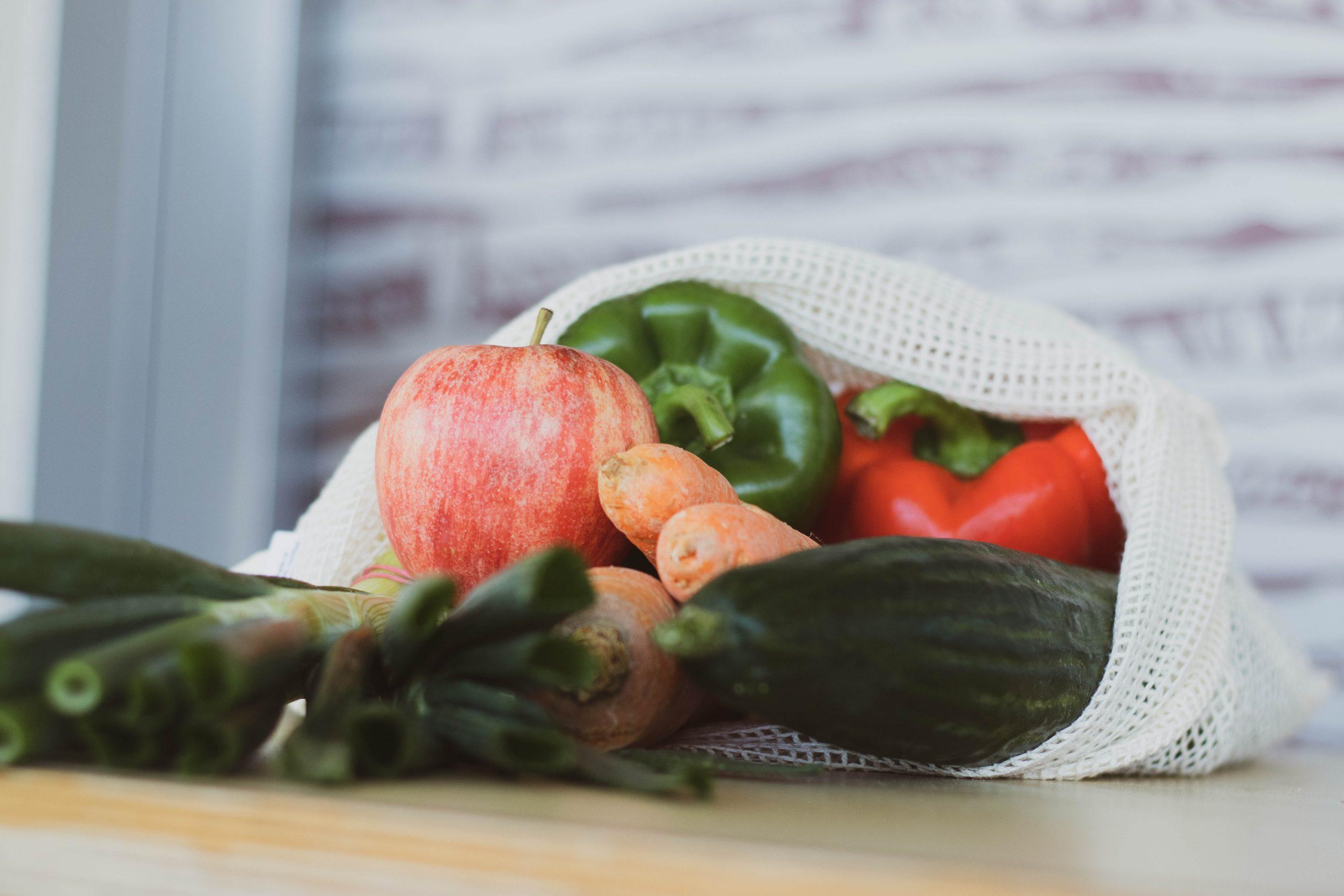 benjamin brunner bAcMAhWciiM unsplash 1 scaled - Jak przechowywać owoce iwarzywa aby nadłużej zachować ich świeżość?