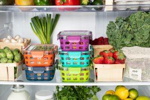 ello AEU9UZstCfs unsplash 1 300x200 - Jak przechowywać owoce i warzywa aby na dłużej zachować ich świeżość?
